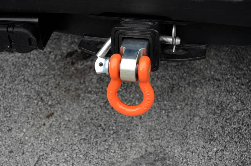 Truck Trailer Hitch >> Steel Hitch Receiver With D-Ring